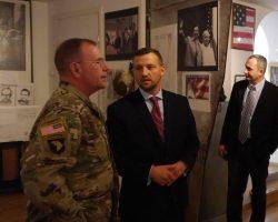 Wizyta gen. Ben'a Hodges'a w Izbie Pamięci Generała Kuklińskiego